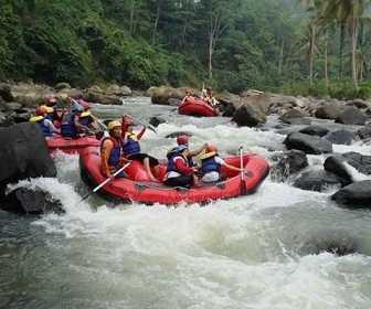 Tempat Wisata di Banten - Arung Jeram Sungai Ciberang