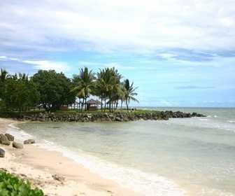 Tempat Wisata di Banten - Pantai Carita