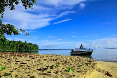 Pantai Ora di Maluku Tengah Salah Satu Destinasi Wisata Terindah Kelas Dunia Pantai Ora di Maluku Tengah Salah Satu Destinasi Wisata Terindah Kelas Dunia