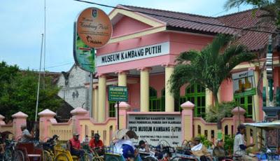 Tuban merupakan sebuah kota yang terletak di perbatasan Provinsi Jawa Tengah dan  7 Rekomendasi Tempat Wisata di Tuban yang Wajib Dikunjungi