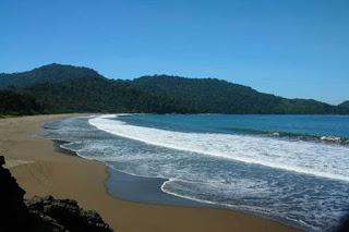 Tempat Wisata di Jember Jawa Timur yang Wajib Dikunjungi 8 Tempat Wisata di Jember Jawa Timur yang Wajib Dikunjungi