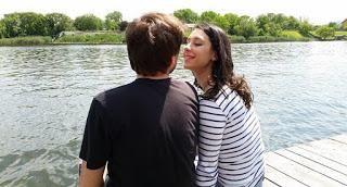 Wanita jatuh cinta lebih dahulu kepada seorang laki-laki tidak ada salahnya 4 Alasan Cewek Sebaiknya Gak Ngejar-Ngejar Cowok, No 2 Betul Banget
