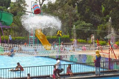 Lokasi wisata ini ialah taman wisata keluarga yang dikelola secara resmi oleh PUSKOPKA New Bandungan Indah Waterpark, Ada Tempat Mancingnya Juga Lho