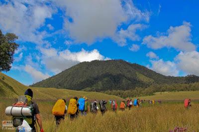 Keindahan Wisata Pendakian Gunung Semeru Jawa Timur Keindahan Wisata Pendakian Gunung Semeru Jawa Timur