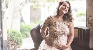 perempuan hamil akan menjumpai keadaan dimana tubuh terasa tak nyaman sebab adanya keluhan  Apa yang dirasakan perempuan hamil 1 bulan ? Badan lemas normal atau tidak ?