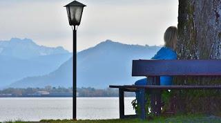 Setiap pasangan suami istri niscaya sangat berharap kehadiran sang buah hati untuk melengka Perubahan Fisik Wanita Hamil 1 Bulan yang Wajib Diketahui