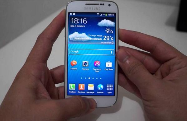 ialah salah satu smartphone berbasis Android yang terbilang sangat laku di pasar Indone Cara Screenshot Samsung Galaxy J2 Tanpa Aplikasi