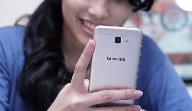 merupakan salah satu smartphone yang digemari oleh sebagian orang di Indonesia Mengatasi Aplikasi Kamera Error di Samsung Galaxy J5 Prime