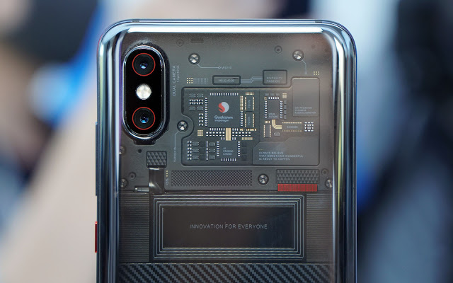 Smartphone yang satu ini merupakan edisi lebih tinggi dan lanjut dari Mi  Spesifikasi Xiaomi Mi 8 Explorer Edition