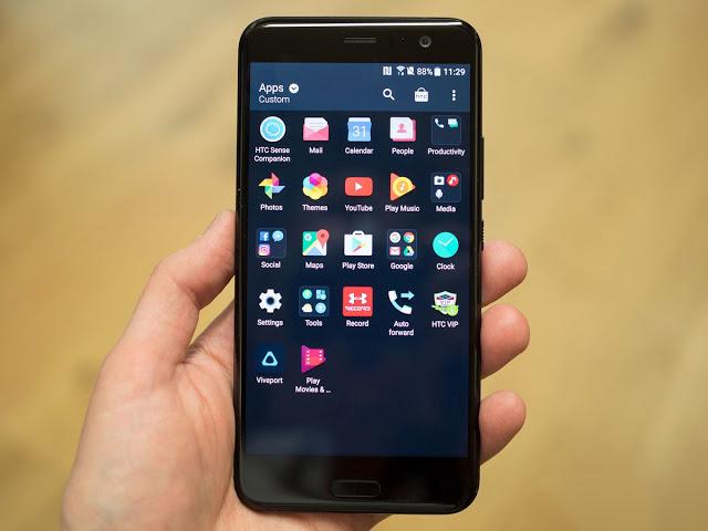 Mengambil tampilan layar Android dalam bentuk gambar atau screenshot di  Cara Screenshot di HTC U11