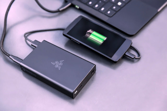 kita sanggup mengisi daya smartphone setiap waktu dimanapun Dampak Buruk Terlalu Sering Menggunakan Powerbank